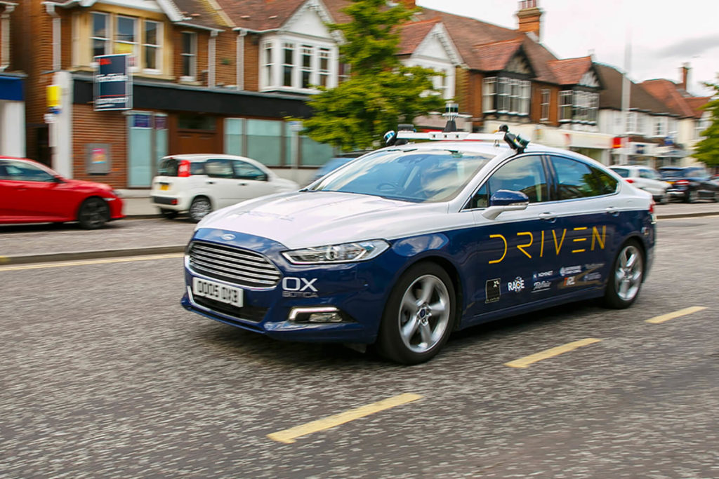 Self-driving taxis London - YellRobot