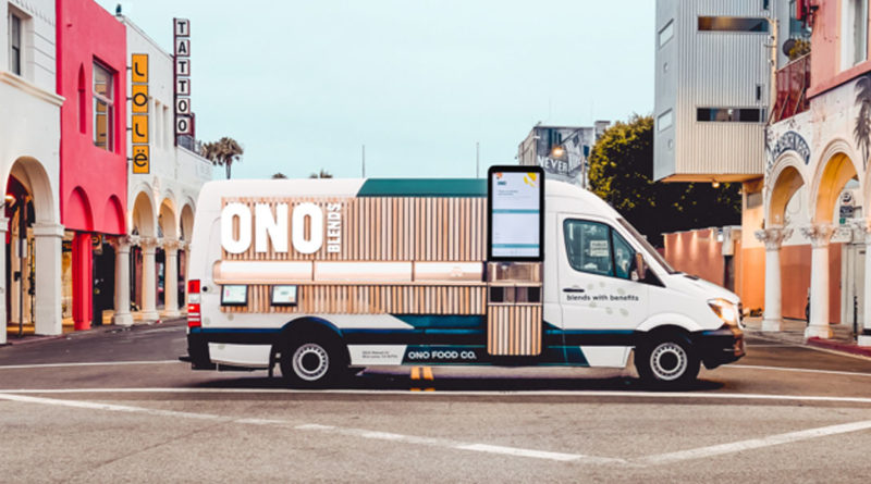 Ono Blends Robot Smoothie Mobile Restaurant Los Angeles - YellRobot