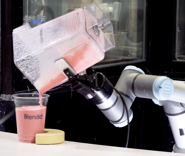 Smoothie robot Blendid autonomous - YellRobot