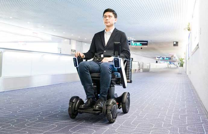 self driving wheel chair tokyo haneda - YellRobot